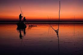 Pescuit din zori de zi până seara tîrziu